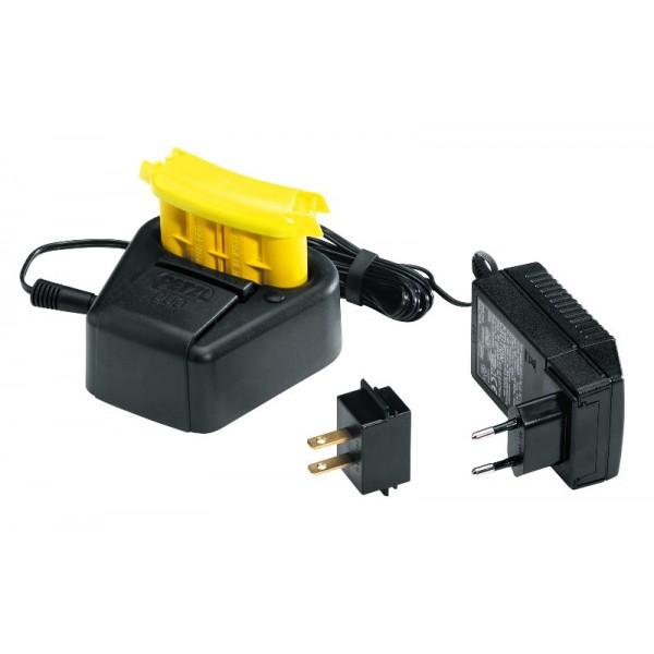 Acumulator pentru lanterna frontala Petzl DUO LED 5 sau 14 si incarcator