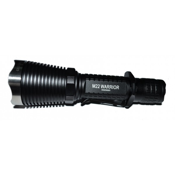 Lanterna LED tactica Olight M22
