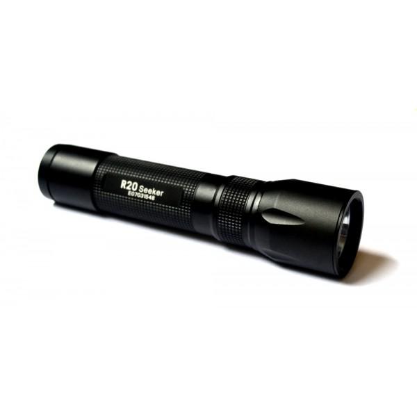 Lanternă LED reîncărcabilă Olight R20 Seeker