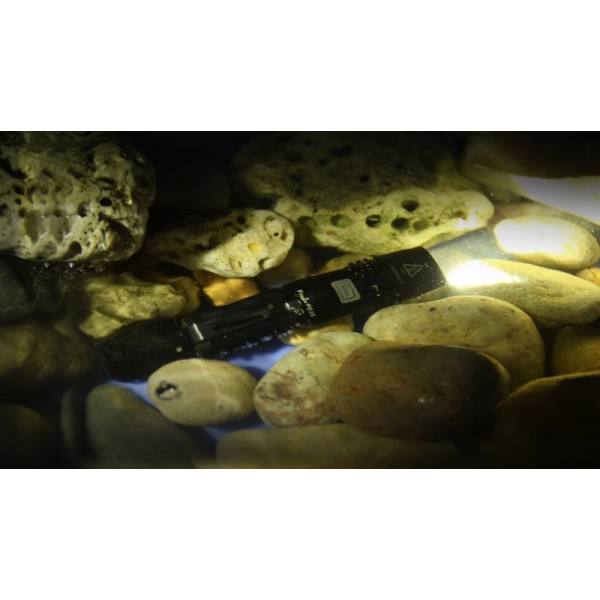 Lanterna LED Fenix PD35 XM-L2 (U2) 850 lumeni