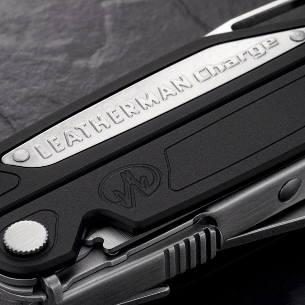 Leatherman Charge AL (instrument multifuncțional)