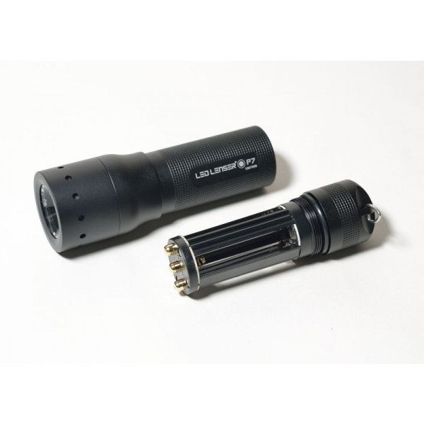 Lanternă LED Lenser P7 - EasyLight România