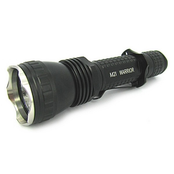 Lanterna LED Olight M21 Warrior