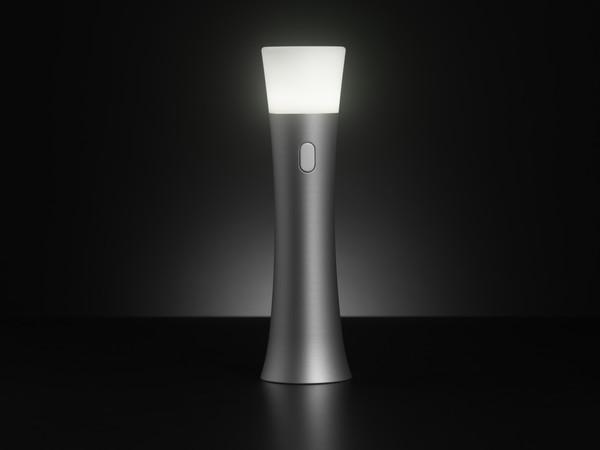 Lanterna LED devien o creatie estetica: modelul Trioh!, al americanului Greg Hinzmann